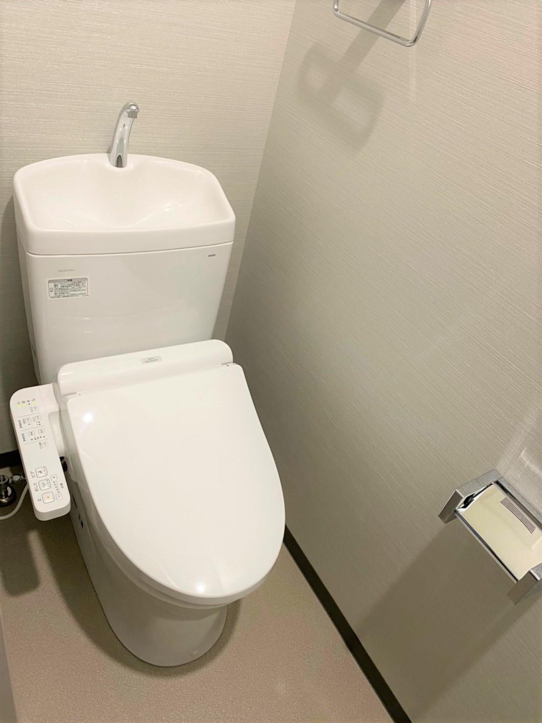 上階トイレ
